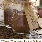 Homemade hot chocolate mix is an easy, accessible gift that almost everyone loves. And it's perfect to give that homemade touch even when you're on a tight schedule!