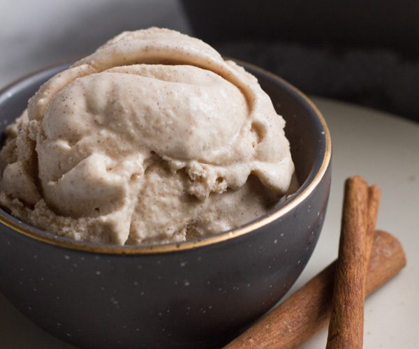 Cinnamon | Ice Cream | Homemade | Cinnamon Bun Ice Cream | Homemade Ice Cream | Cinnamon Bun