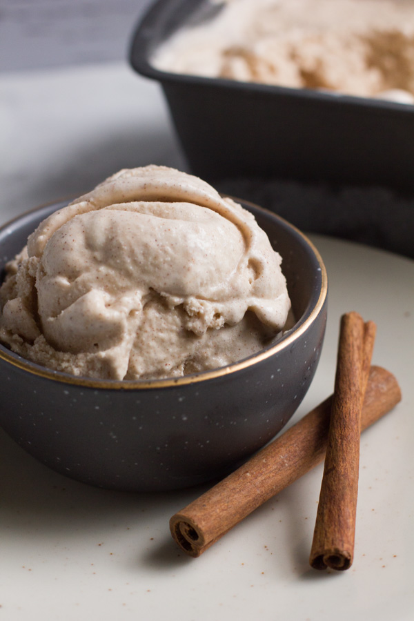 Cinnamon | Ice Cream | Homemade | Cinnamon Bun Ice Cream | Homemade Ice Cream | Cinnamon Bun