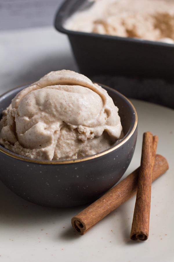 Cinnamon   Ice Cream   Homemade   Cinnamon Bun Ice Cream   Homemade Ice Cream   Cinnamon Bun
