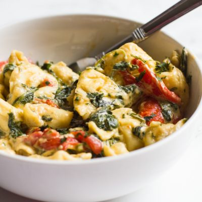 Tortellini with Spinach and Roasted Red Peppers