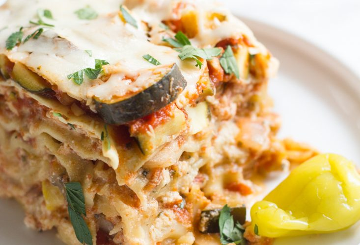This crock pot vegetable lasagna makes for an easy dinner with bright, fresh, notes of zucchini, squash and peperoncini.