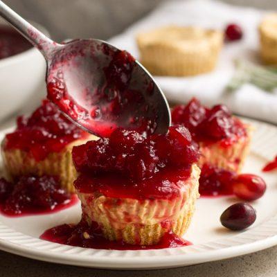 No Bake Mini Pumpkin Cheesecakes