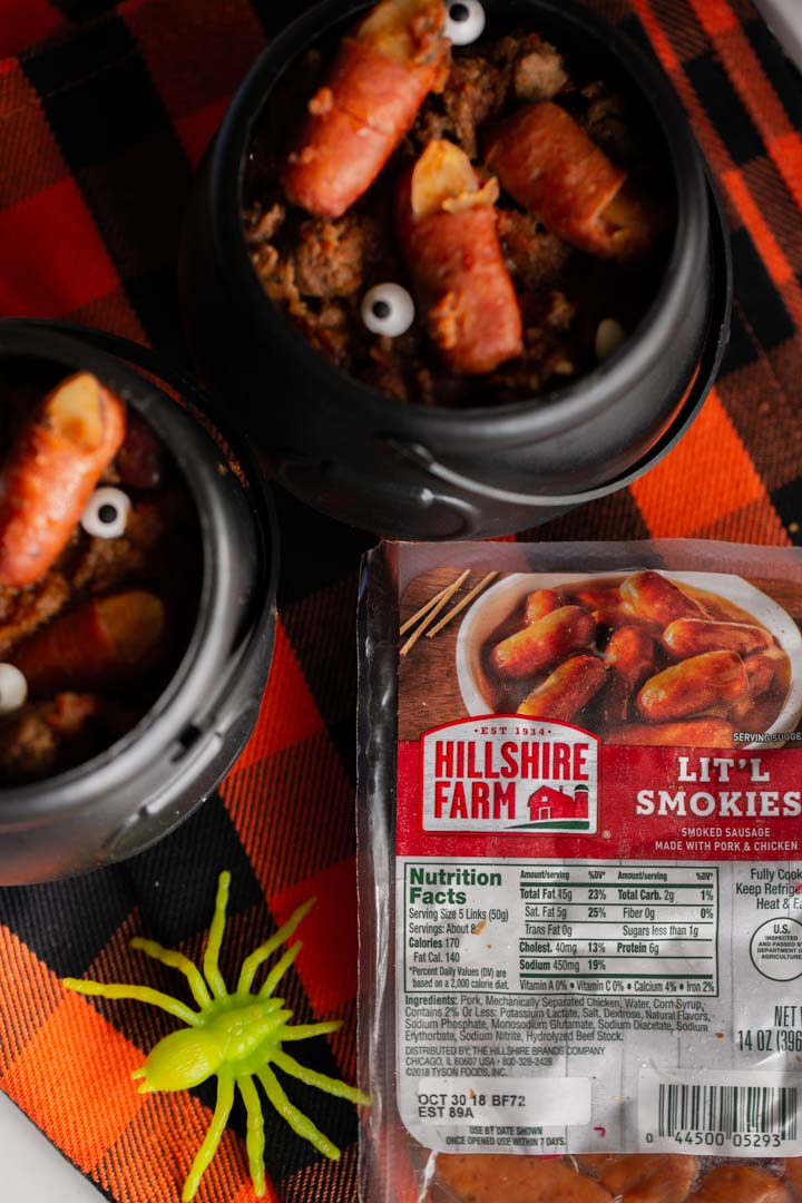 #AD Get spooked with these frighteningly delicious Witch Fingers in Chili! Just 3 ingredients and 20 minutes will get you this easy Halloween dish! #FeastOnFrightBitesAtWM