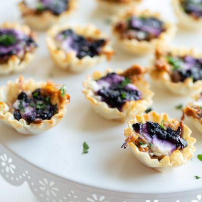 Easy Blueberry Goat Cheese Appetizer