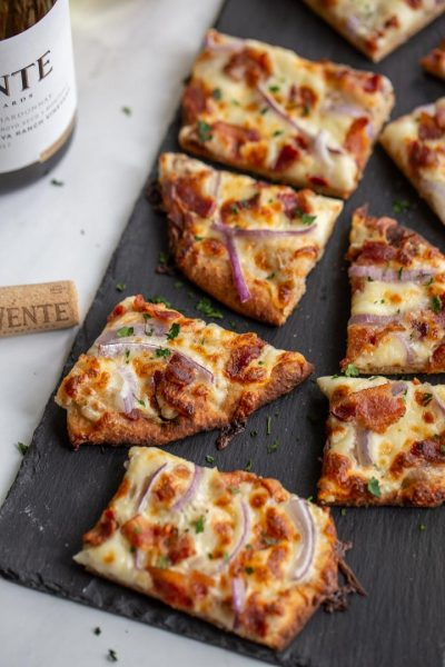 Make Time with Wente + Garlic Pizza Recipe
