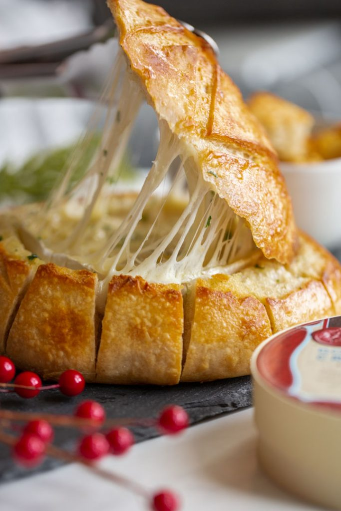 baked brie in a pull apart bread bowl
