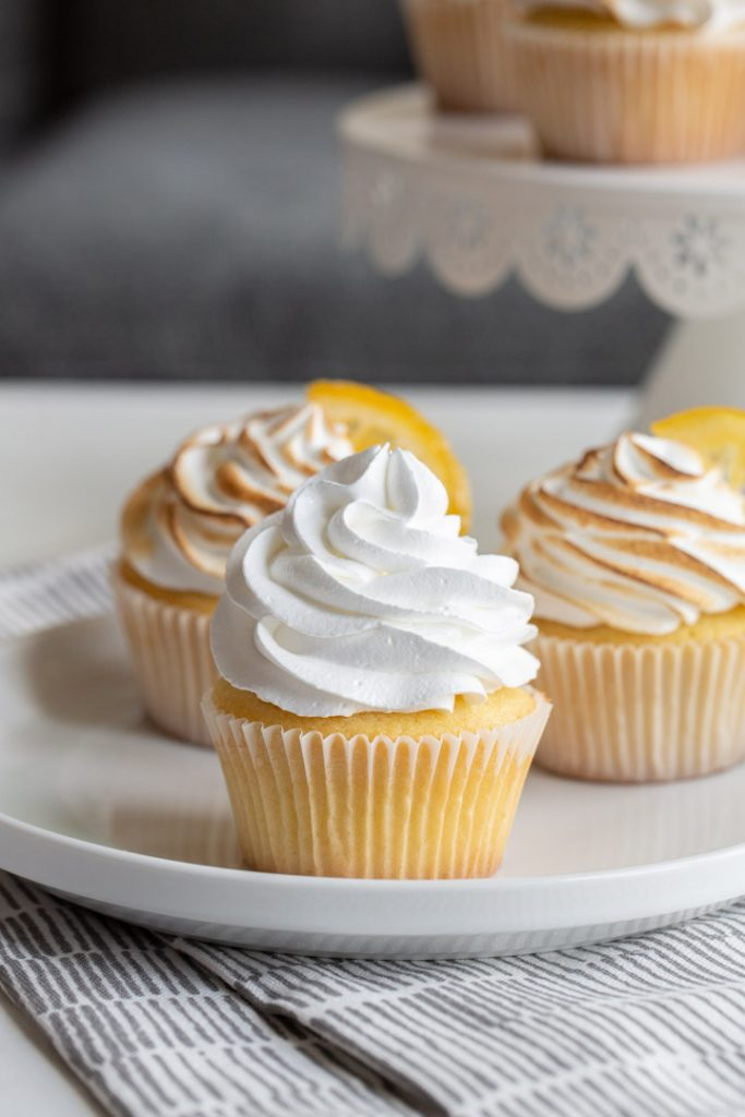 lemon meringue cupcakes that have not been charred yet