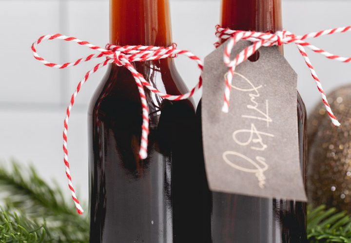 homemade vanilla extract in gift bottles